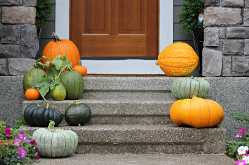 Real estate curb appeal